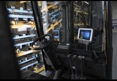 FZ-M1 - Warehouse Forklift 1