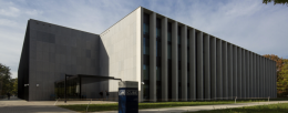 Laser projection contributes to the learning experience at Tilburg University