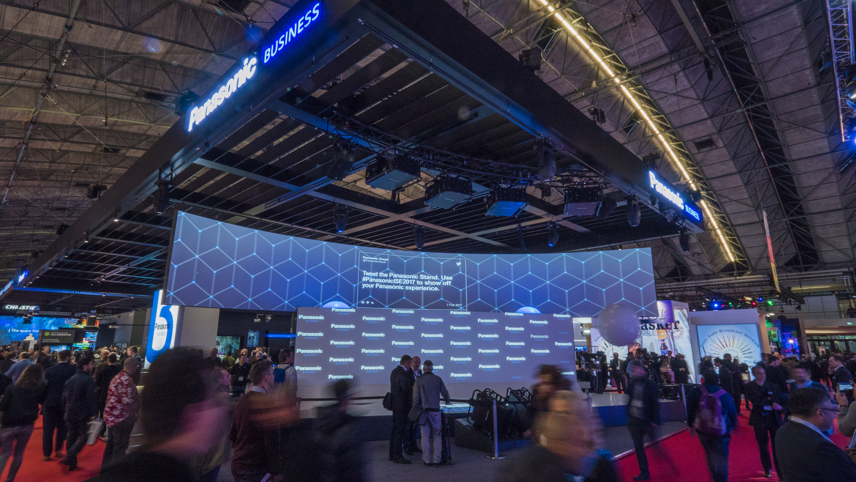D Hologram Exhibition : Panasonic set to create a holographic u cshowstopperu d at ise